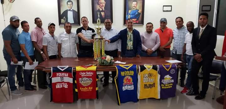 XIII Torneo de baloncesto superior con refuerzos 2018